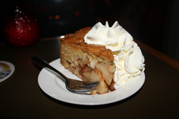 Winkel Amsterdam homemade apple pie