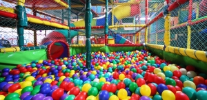 softplay ball pit