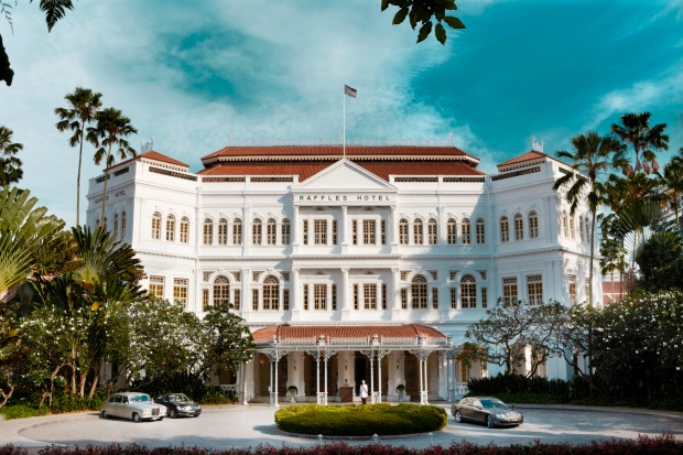 raffles hotel singapore high tea long bar