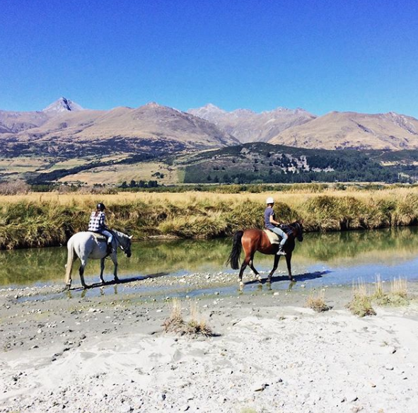 horseback-riding-glenorchy-new-zealand